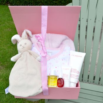 baby hamper corporate baby gift