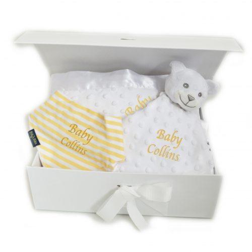 Personalised neutral baby hamper blanket bib bathrobe