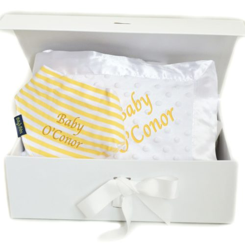 Neutral Hamper personalised bib and blanket