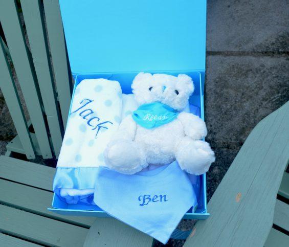 Baby hamper personalised bib with teddy blanket