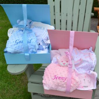 Personalised hamper baby grow bathrobe blanket comforter